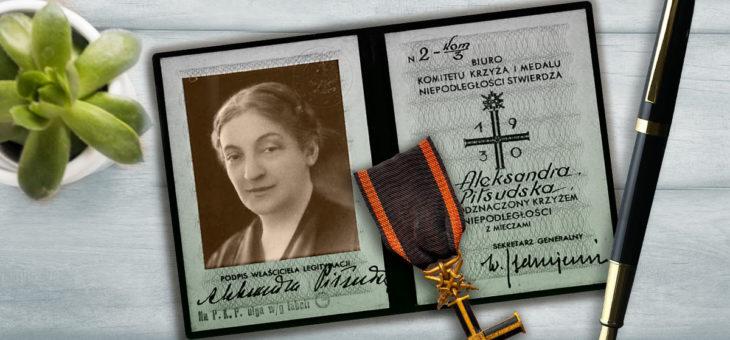 Aleksandra Piłsudska i Krzyż Niepodległości