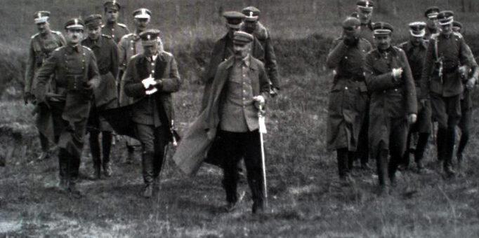 Mity roku 1920 i Józef Piłsudski