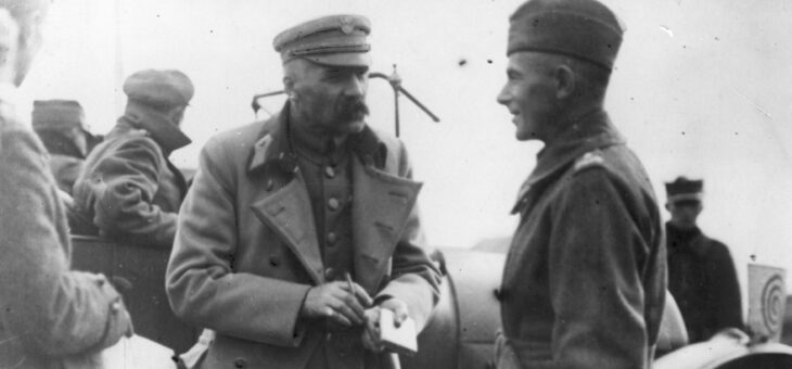 Marszałek Śmigły-Rydz opuszcza kraj